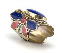 Массивный перстень с камнями