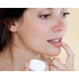 Косметика для губ