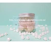 Натуральные шелковые коконы тутового шелкопряда для лица (Silk Cocoon Facial Scrub)