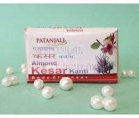 Мыло миндаль и шафран / Almond Kanti Kesar Soap,Patanjali / 75 г